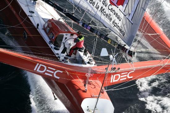 Joyon na pokładzie Ideca. / Fot. J.M. Liot / DPPI / IDEC