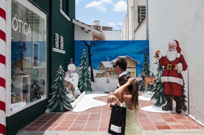 A tak wygląda Mikołaj w Brazylii :) / Fot. Shuttersail.com