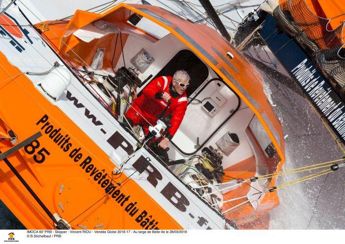 IMOCA 60' PRB - Skipper : Vincent RIOU - Vendée Globe 2016-17 - Au large de Belle-Ile le 28/03/2016