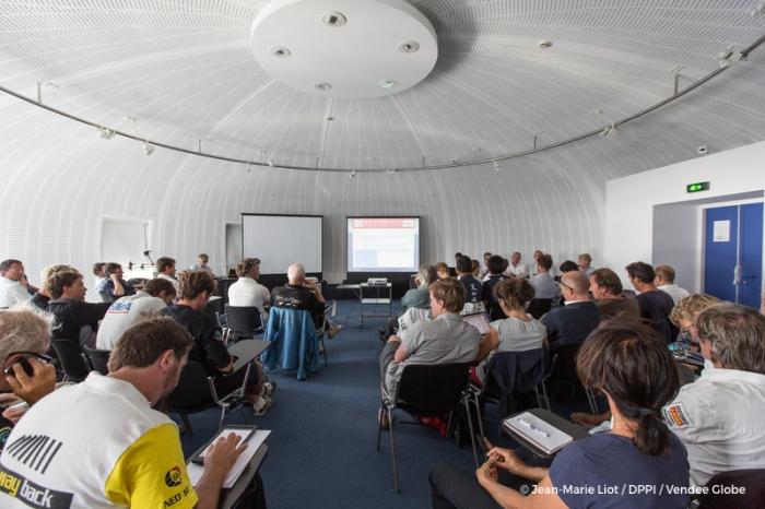 Szkolenie dla zawodników w Les Sables d'Olonne./ fot. Jean Marie Liot / DPPI/ VG