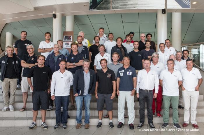 Zawodnicy w Les Sables. Jedni znają się już dobrze, inni widzą się po raz pierwszy. / Fot. JM Liot/DPPI/VG