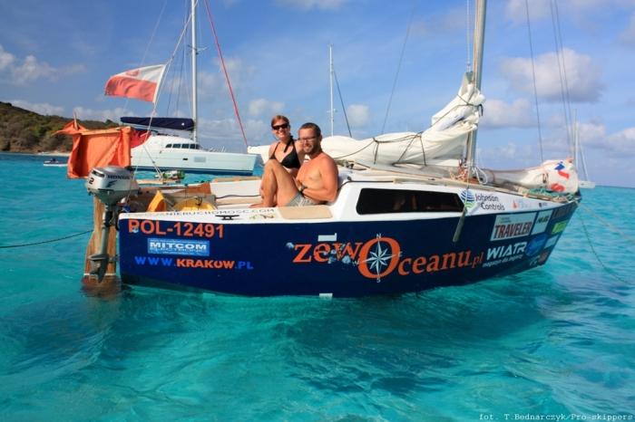 Szymon i Brożka na Karaibach. W powrotnym rejsie do europy na pokładzie były dwie osoby. / Fot. T. Bednarczyk