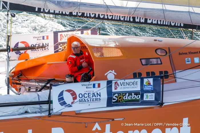 Vincent Riou (FRA), skipper PRB, at start of the Vendee Globe, in Les Sables d'Olonne, France, on November 6th, 2016 - Photo Jean-Marie Liot / DPPI / Vendee Globe Vincent Riou (FRA), skipper PRB, au départ du Vendée Globe, aux Sables d'Olonne le 6 Novembre 2016 - Photo Jean-Marie Liot / DPPI / Vendee Globe