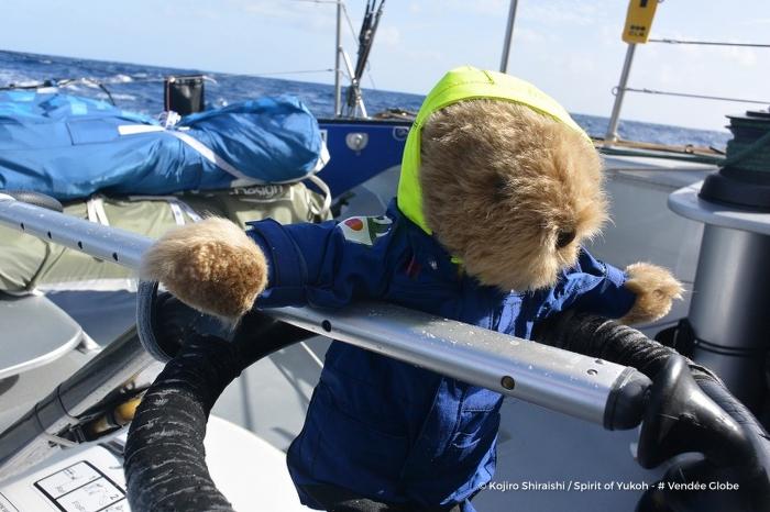 Photo sent from the boat Spirit of Yukoh, on November 27th, 2016 - Photo Kojiro Shiraishi Photo envoyée depuis le bateau Spirit of Yukoh le 27 Novembre 2016 - Photo Kojiro Shiraishi