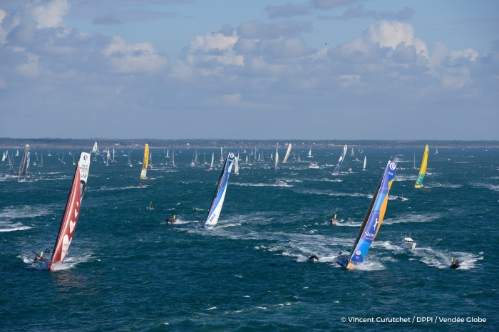 start of the Vendee Globe, in Les Sables d'Olonne, France, on November 6th, 2016 - Photo Vincent Curutchet / DPPI / Vendée Globe départ du Vendée Globe, aux Sables d'Olonne le 6 Novembre 2016 - Photo Vincent Curutchet / DPPI / Vendée Globe
