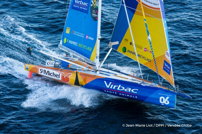 St Michel - Virbac, skipper Jean Pierre Dick (FRA) at start of the Vendee Globe, in Les Sables d'Olonne, France, on November 6th, 2016 - Photo Jean-Marie Liot / DPPI / Vendee Globe St Michel - Virbac, skipper Jean Pierre Dick (FRA) au départ du Vendée Globe, aux Sables d'Olonne le 6 Novembre 2016 - Photo Jean-Marie Liot / DPPI / Vendee Globe